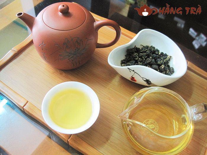 Trà Ô Lông là gì? Công dụng tuyệt vời của trà Ô Lông