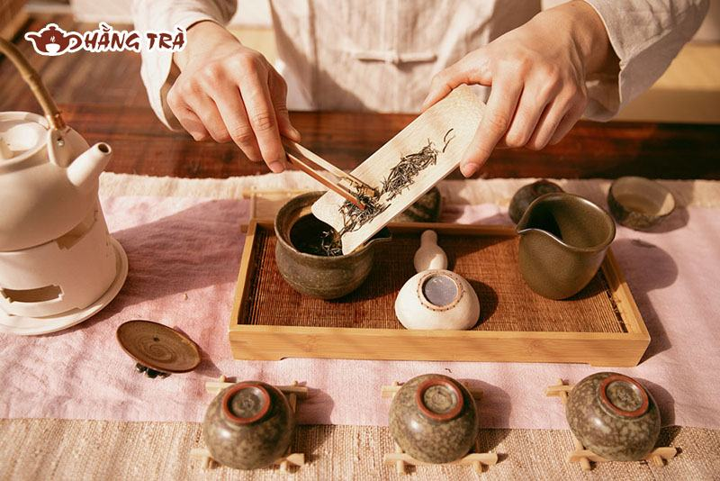 Dụng cụ trà đạo